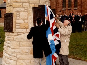 Unveiling of the Contalmaison Cairn
